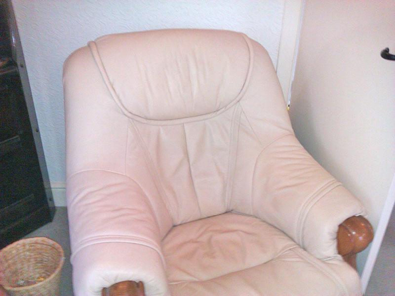 Clean Chair